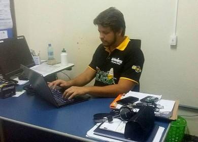 Coordenador do curso de Jornalismo José Roberto Gonçalves. (Foto por Karolina Guerra)